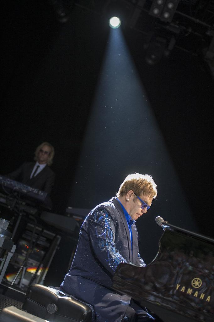 07-KULT-Elton-John6.jpg