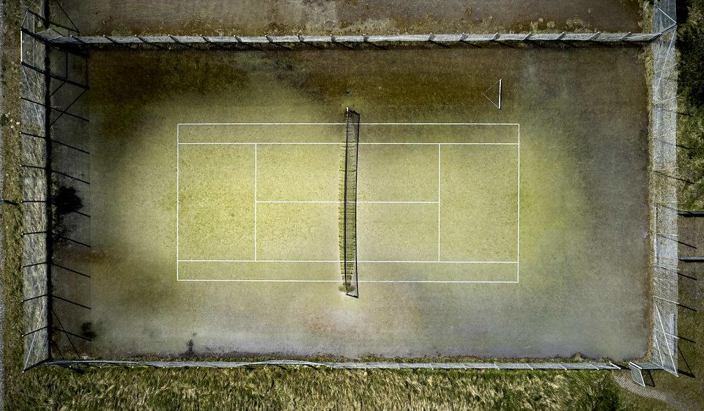 Tennisbane-1-1.jpg